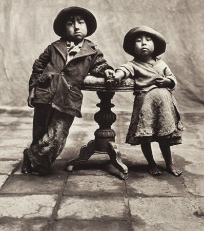Irving Penn (American, 1917-2009), Cuzco Children