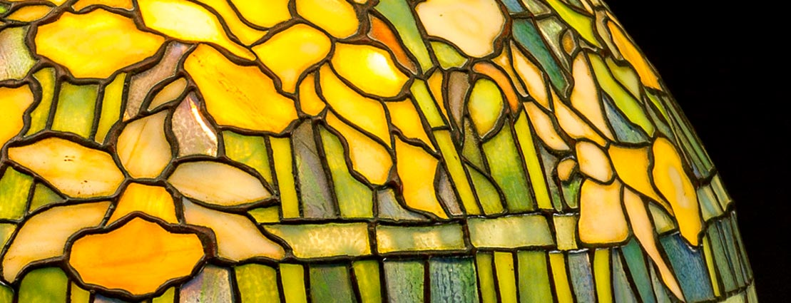 Tiffany Studios Leaded Glass and Gilt Bronze Dogwood Border Table Lamp