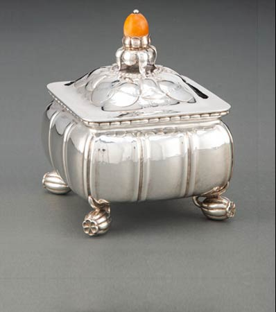 A Georg Jensen No. 30B Silver and Hardstone Bonbonnière Designed by Georg Jensen, Copenhagen, 1925-1932