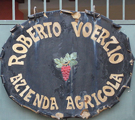 Since 1986, Roberto Voerzio and his family have owned and operated the Voerzio vineyard in La Morra, a small village in the heart of de Langhe, Italy. Roberto's vineyard is only a few hundred yards away from his father, Gianni Voerzio who is also a...